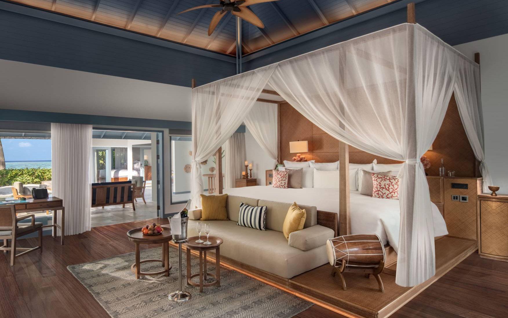 Raffles Maldives Meradhoo - Deluxe Beach Villa with Pool